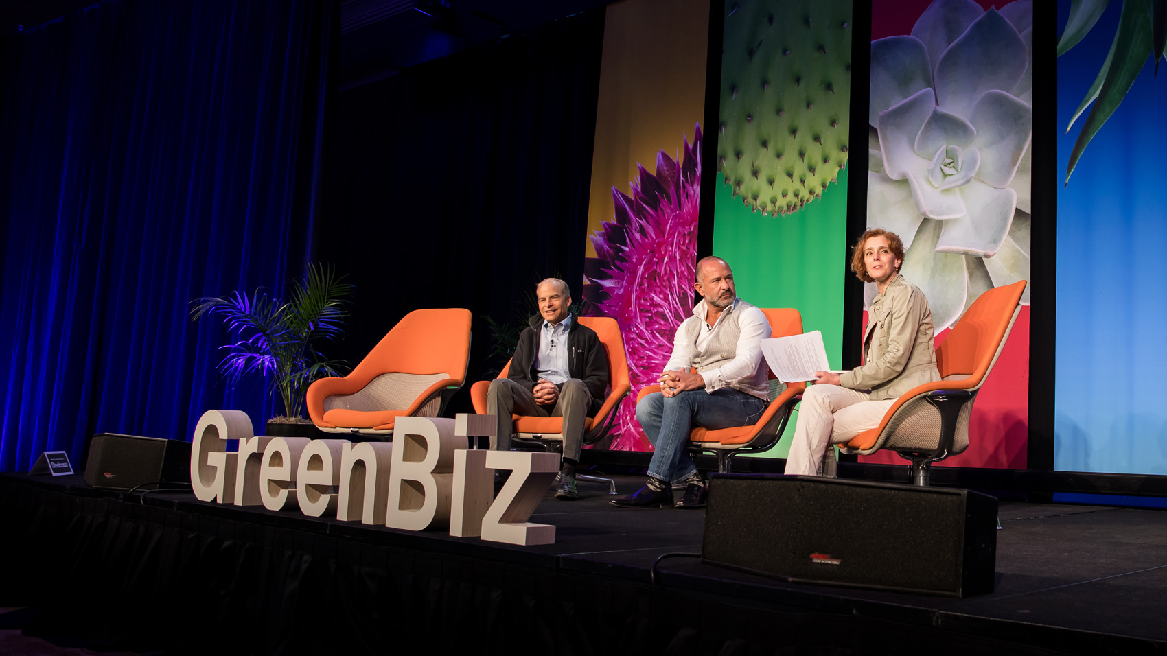fisk johnson participating in a panel discussion on ocean plastic at green biz